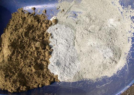 Песок с цементом