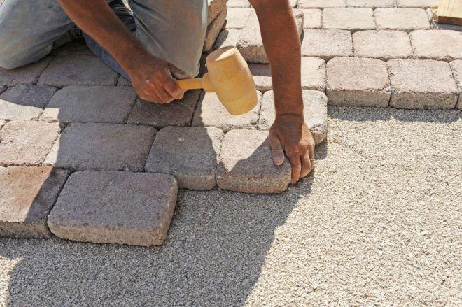 Резиновый молоточек для тротуарной плитки