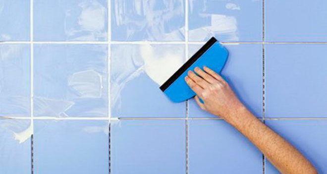 Как делать затирку швов плитки на полу и стене