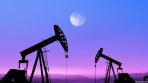 Добыча и уровень запасов нефти и нефтепродуктов США