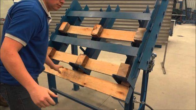 Станок для сборки деревянных поддонов