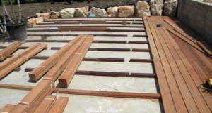 Укладка террасной доски на бетонную стяжку