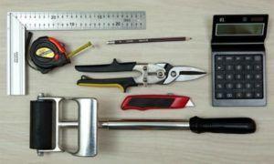 Необходимые принадлежности для укладки виниловой плитки