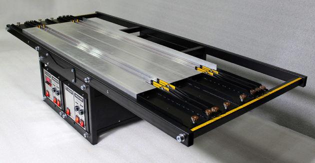 Master1000-17 - стандартный станок для гибки акрила