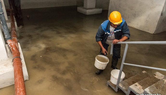 Удаление воды из подвала