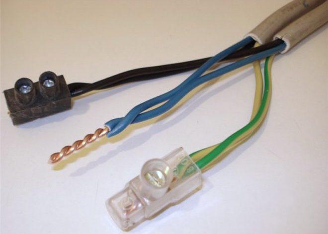 Электрические провода с соединительными муфтами