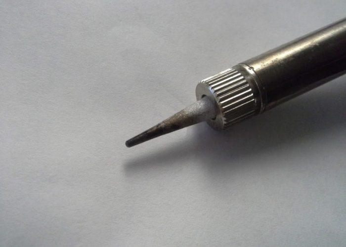 Устройство для удаления ненужного олова